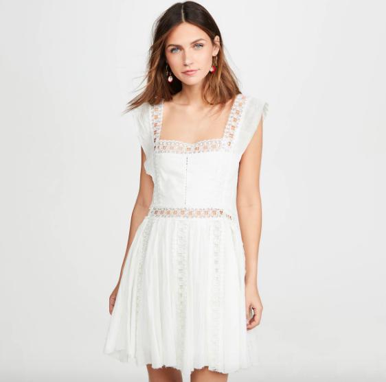 La petite robe blanche Montsouris