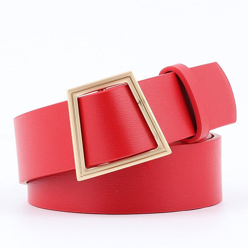 La ceinture à boucle dorée Montsouris