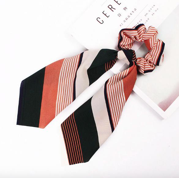 Le Chouchou foulard imprimé Montmartre