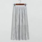 jupe plissée métallisée gris clair blanc la selection parisienne mode femme