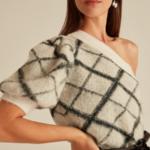 pull asymétrique sans manche original chic blanc à carreaux noirs mode femme automne hiver 2020 en ligne 1