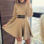 robe courte dhiver beige ceinturée à manches longues chic sophistiquée pas cher femme en ligne la selection parisienne 4
