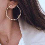 boucles doreilles dorées pendantes feuille dolivier créoles bijoux fantaisie la selection parisienne