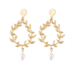 boucles doreilles dorées pendantes feuille dolivier perle nacrée bijoux fantaisie la selection parisienne 1