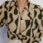 chemisier beige et noir imprimé géométrique tendance femme eshop la selection parisienne 2
