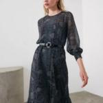 robe midi imprimée python femme hiver vetement tendance pas chere