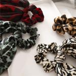 chouchou foulard foulchie imprimé léopard accessoire cheveux tendance parisienne