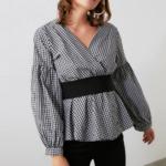 chemisier femme blouse imprimée vichy noir et blanche