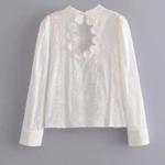 blouse blanche chic tendance  brodée dos ouvert mode femme vêtements en ligne