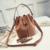 sac sceau marron daim la selection parisienne femme en ligne