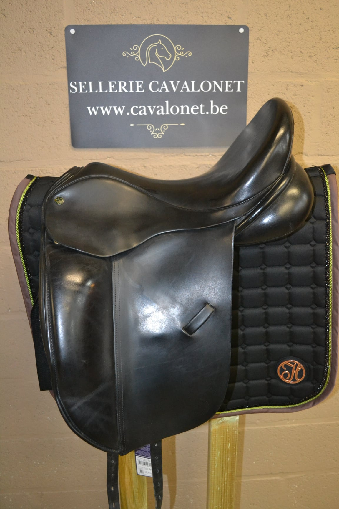Selle Crown Saddlery