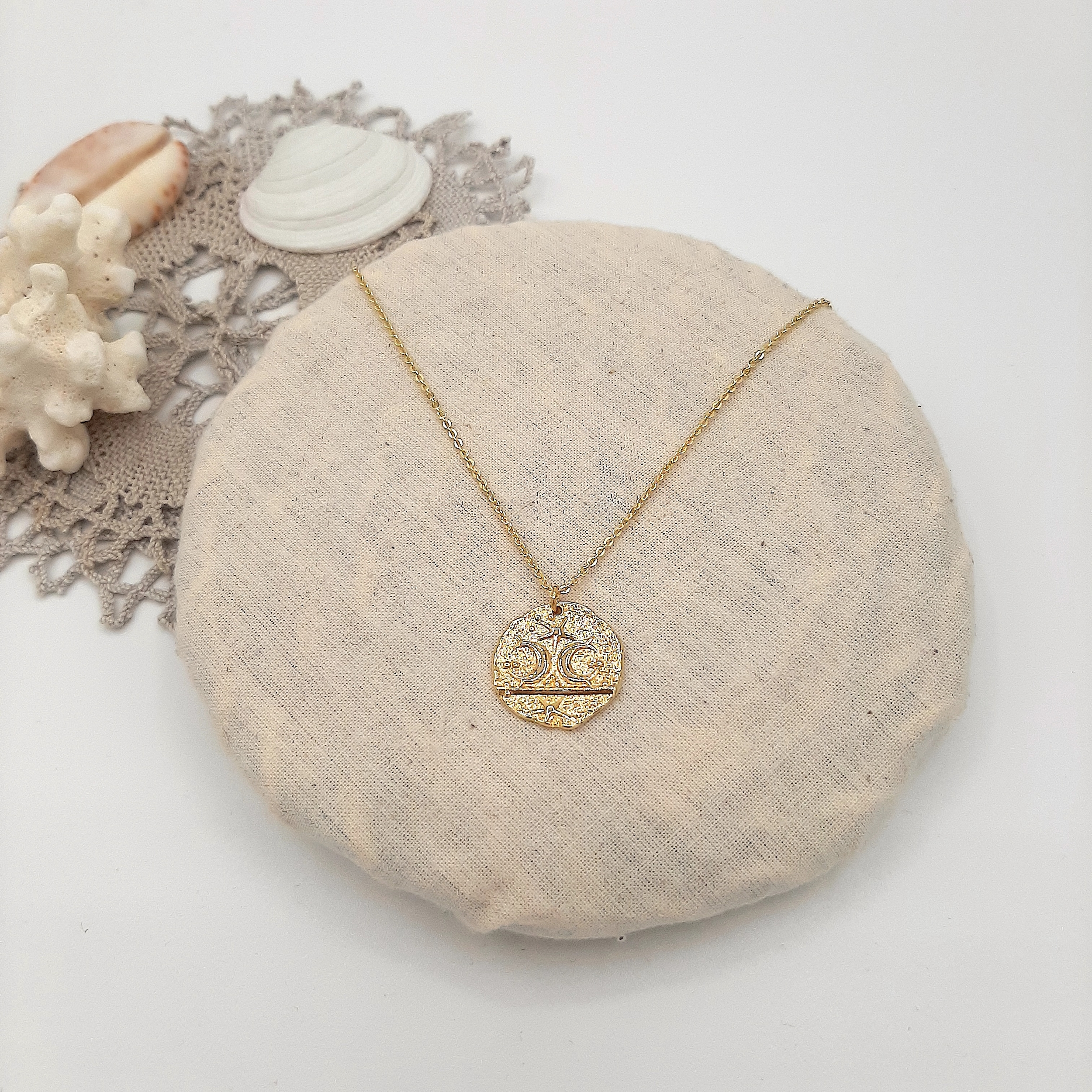 Collier Fossile