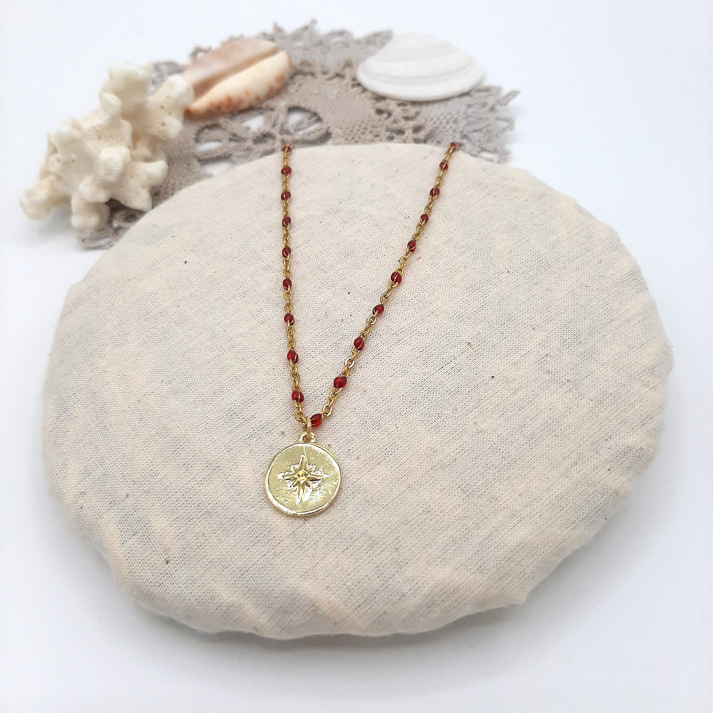 Collier Compass