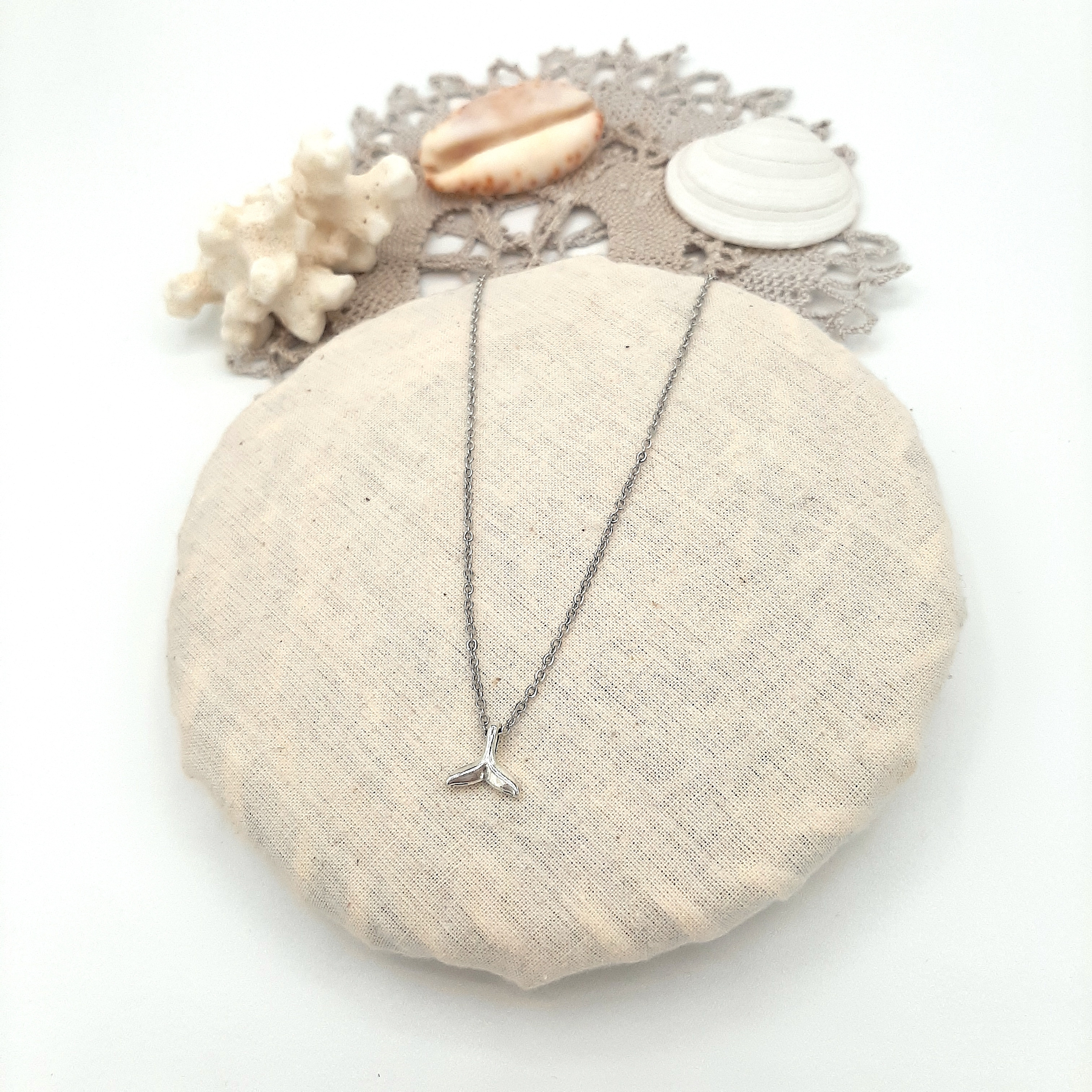 Collier Whale silver