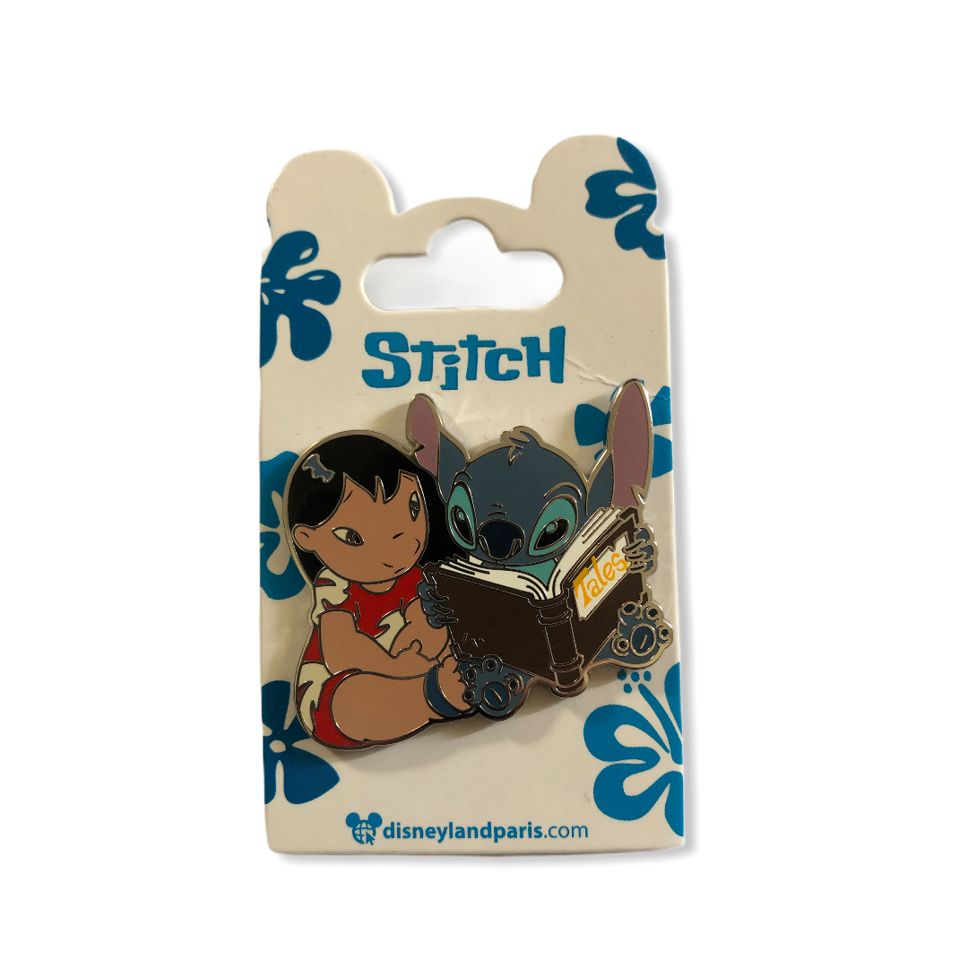 Disney - LILO ET STITCH - Pin\'s Lilo & Stitch livre OE