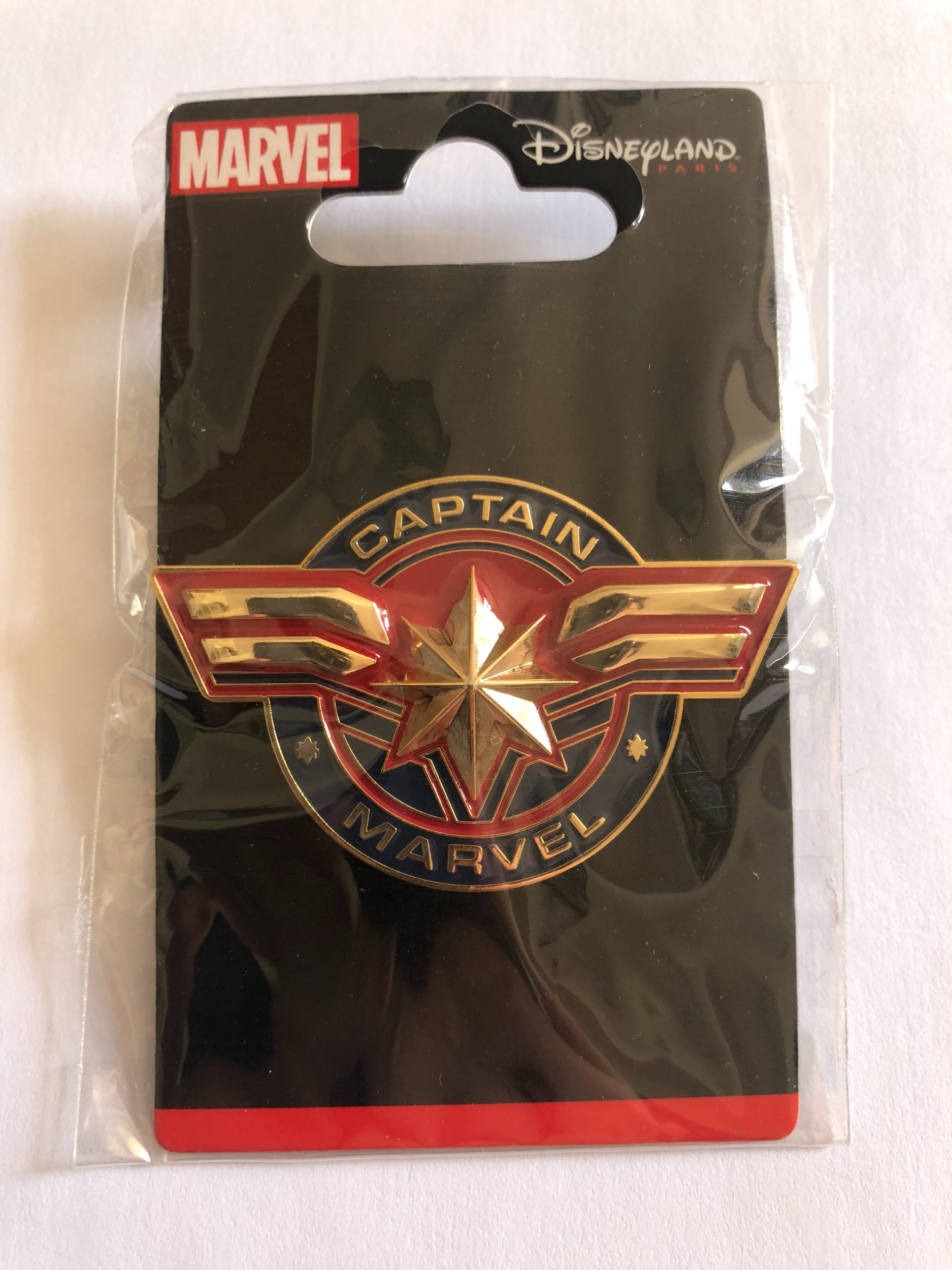 Marvel - Captain Marvel : Pin\'s logo OE