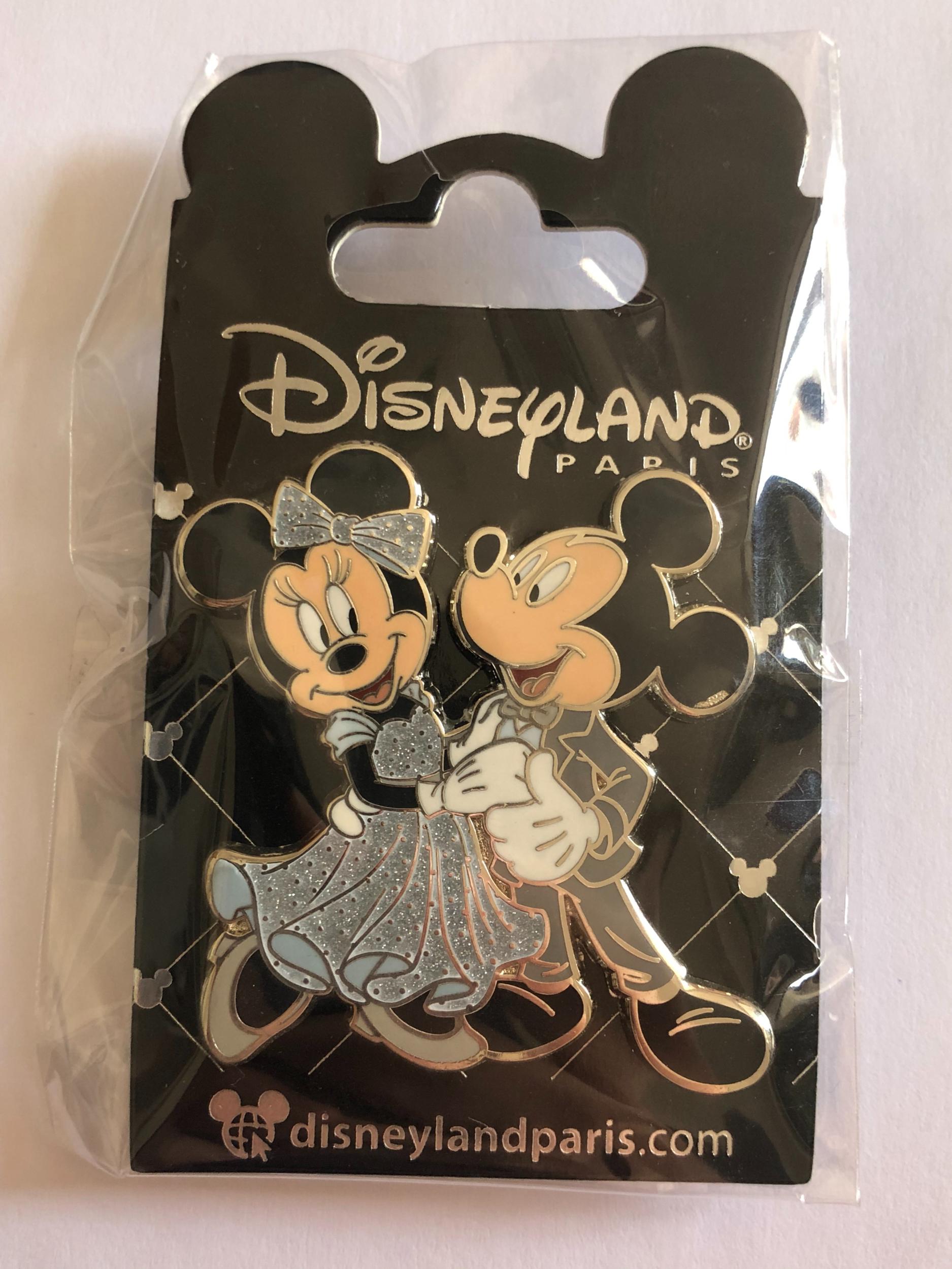Disney - Mickey et Minnie Mouse : Pin\'s cérémonie OE