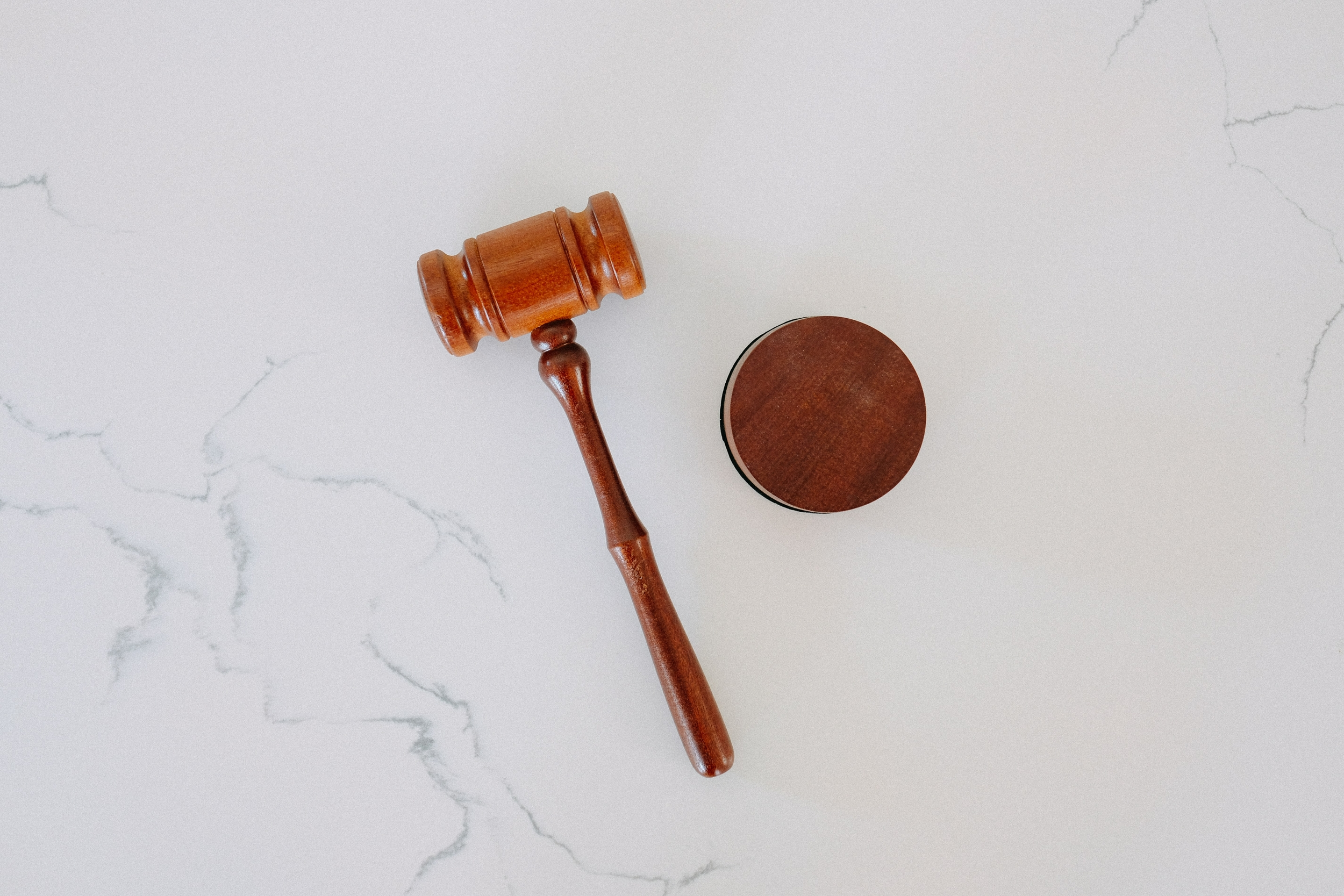 tingey injury law firm 6sl88x150xs unsplash