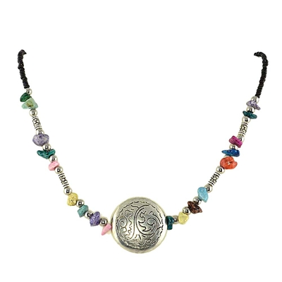 Collier ethnique multicolore médaillon argent tibétain