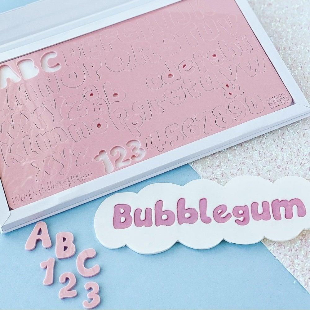 Empreintes de Lettres Majuscules et Minuscules – BubbleGum