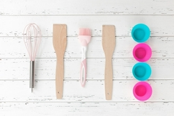 bakery-tools-top-view-kitchenware-cooking-stuff-flatlay-with-copy-space_136813-395