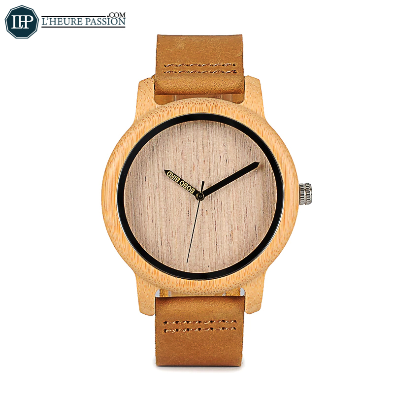Wooden watch with vintage look