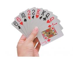 cartes à jouer gros caracteres
