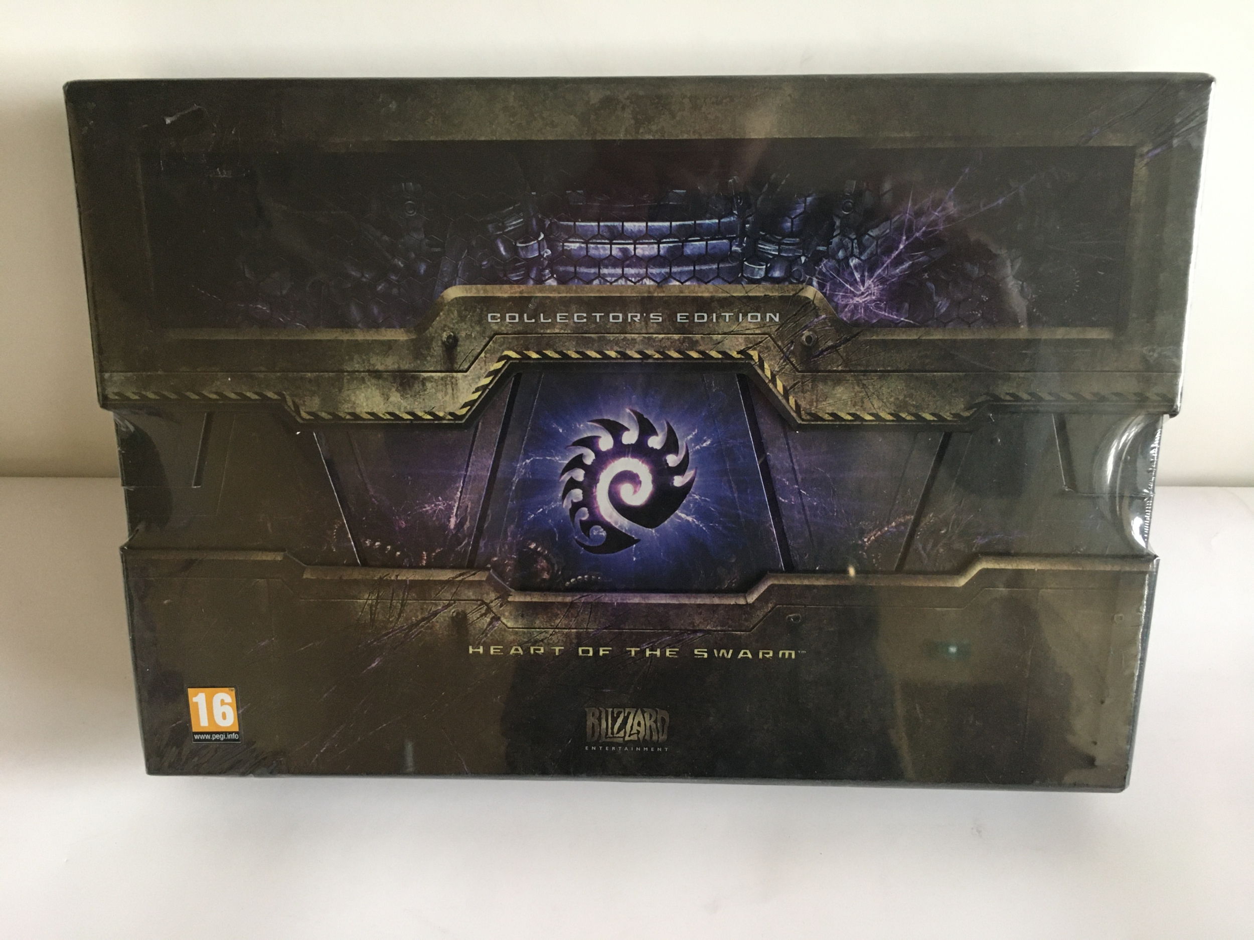 Starcraft 2 Collector\'s Edition : Heart of the Swarm PC Neuf