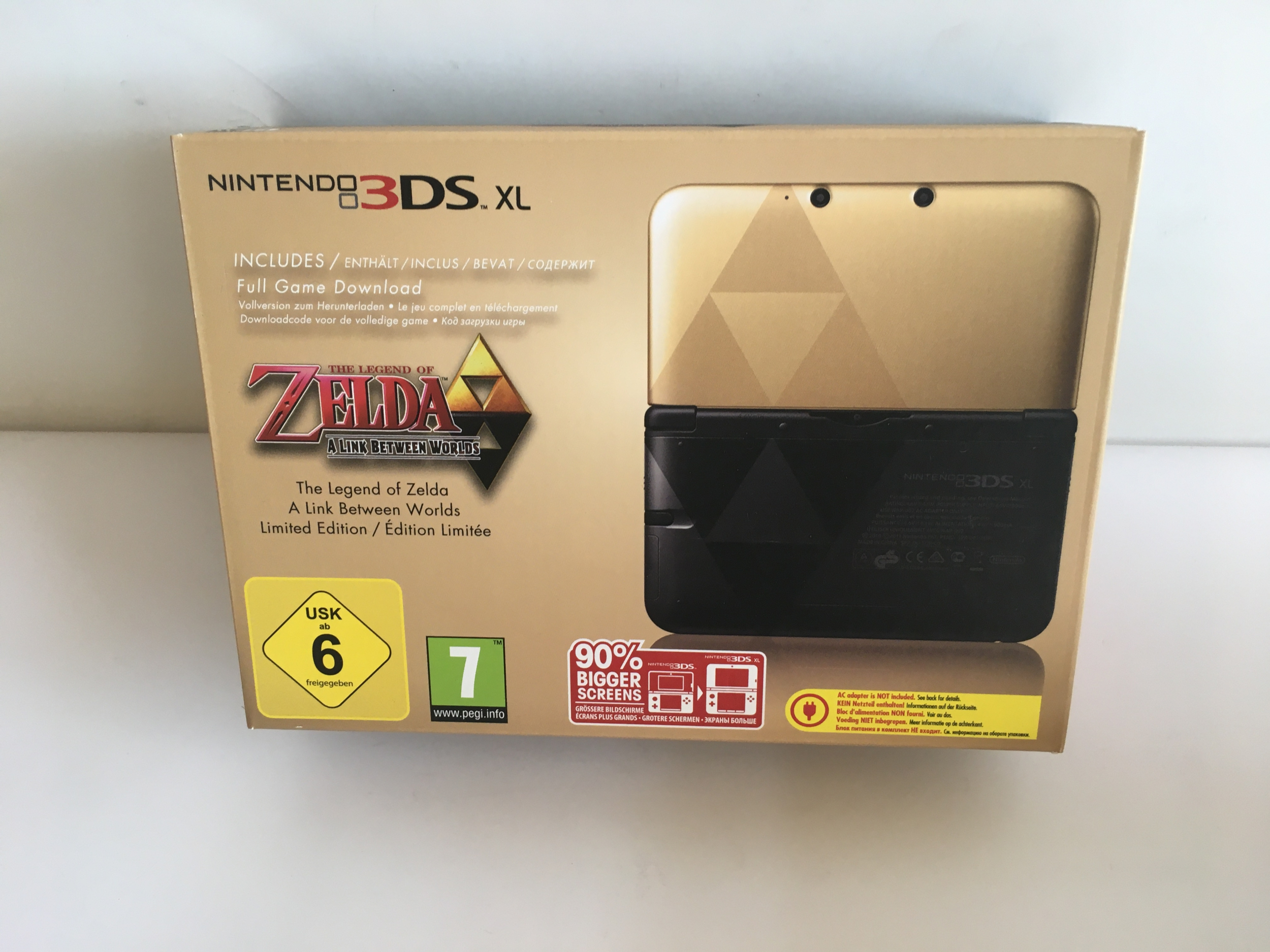 Nintendo 3DS XL Legend Of Zelda : A Link Between Worlds Neuve