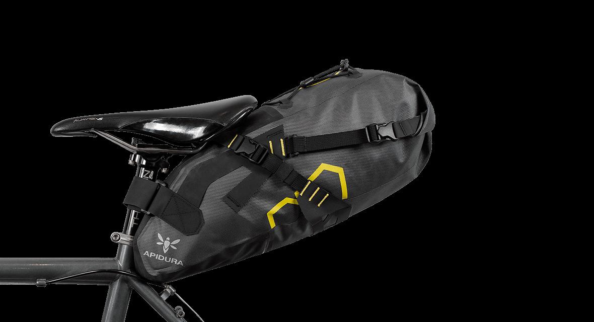 saddle_pack_dry_9l_straight_on_bike-1180x640