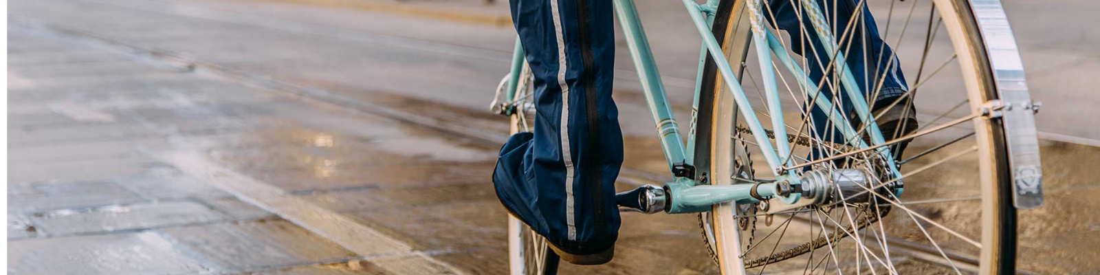 Bannière couvres chaussures imperméables vélo