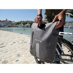 sacoche-arriere-waterproof-14l-convertible-sac-a-dosfixation-compatible-ebike (6)