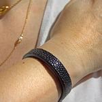 Crivellaro-Bracelet-galuchat-noir-F-Main-1