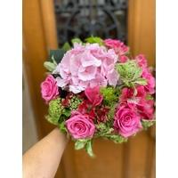 Bouquet de fleurs de saison  - Taille S