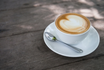 white-ceramic-coffee-cup-with-white-ceramic-saucer-1036444