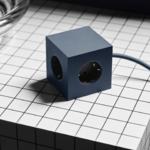 Avolt_oceanblue_square1_USB