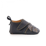 Chaussons_cuir_chat_noir_Les_moustaches_1824_mois_Moulin_Roty_2_1