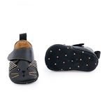 Chaussons_cuir_chat_noir_Les_moustaches_1824_mois_Moulin_Roty_3_1