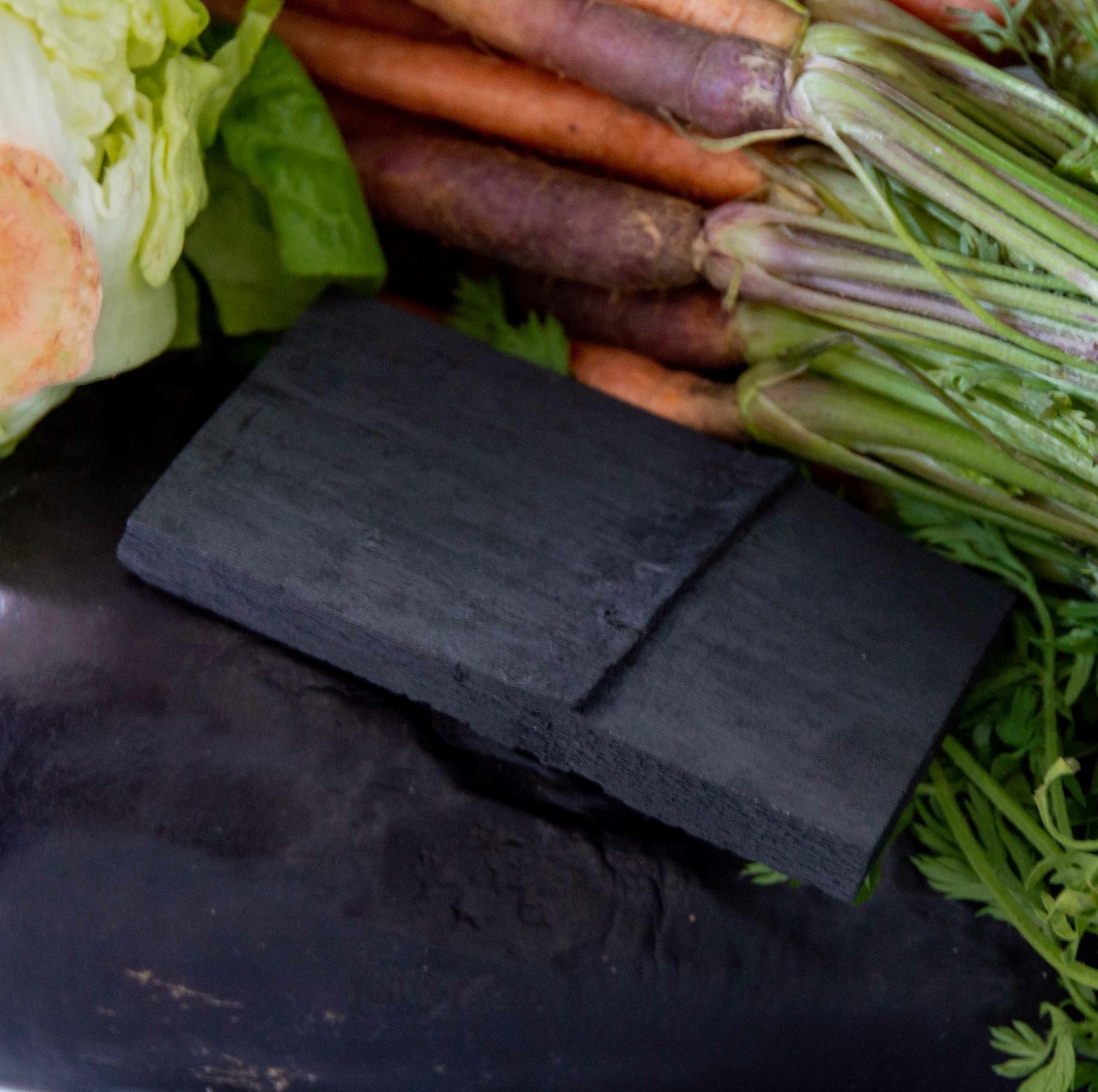 Charbon végétal actif de bambou - 2 blocs pour bacs à légumes