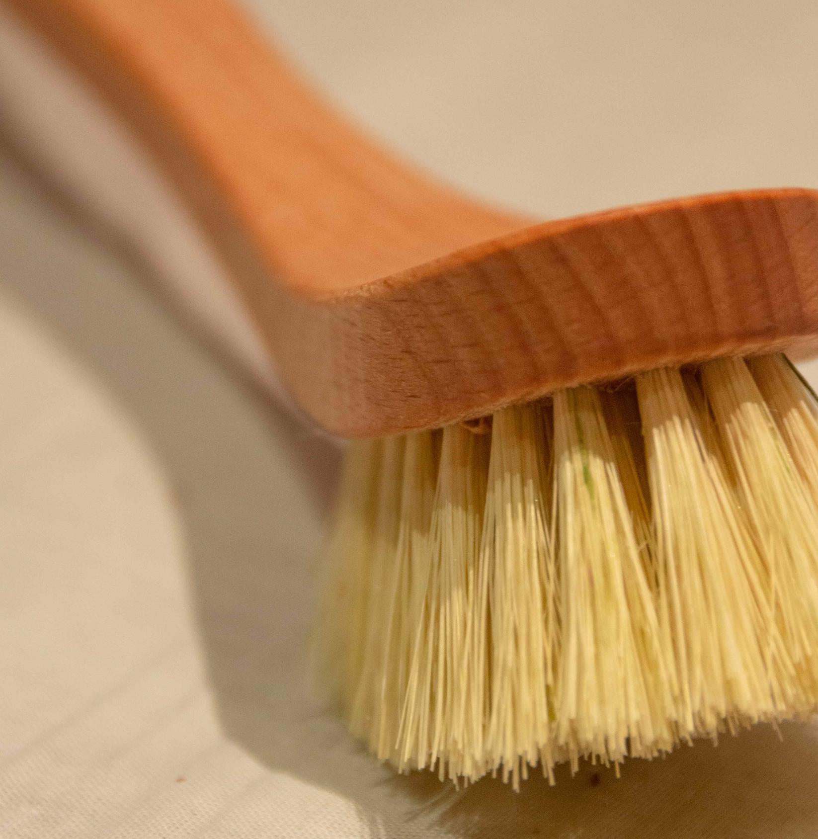 Brosse à vaisselle en fibres médium