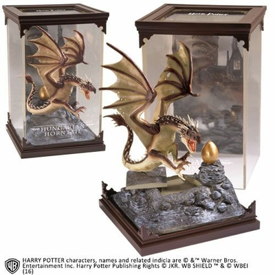 HARRY POTTER STATUETTE MAGICAL CREATURES HUNGARIAN HORNTAIL 19 CM