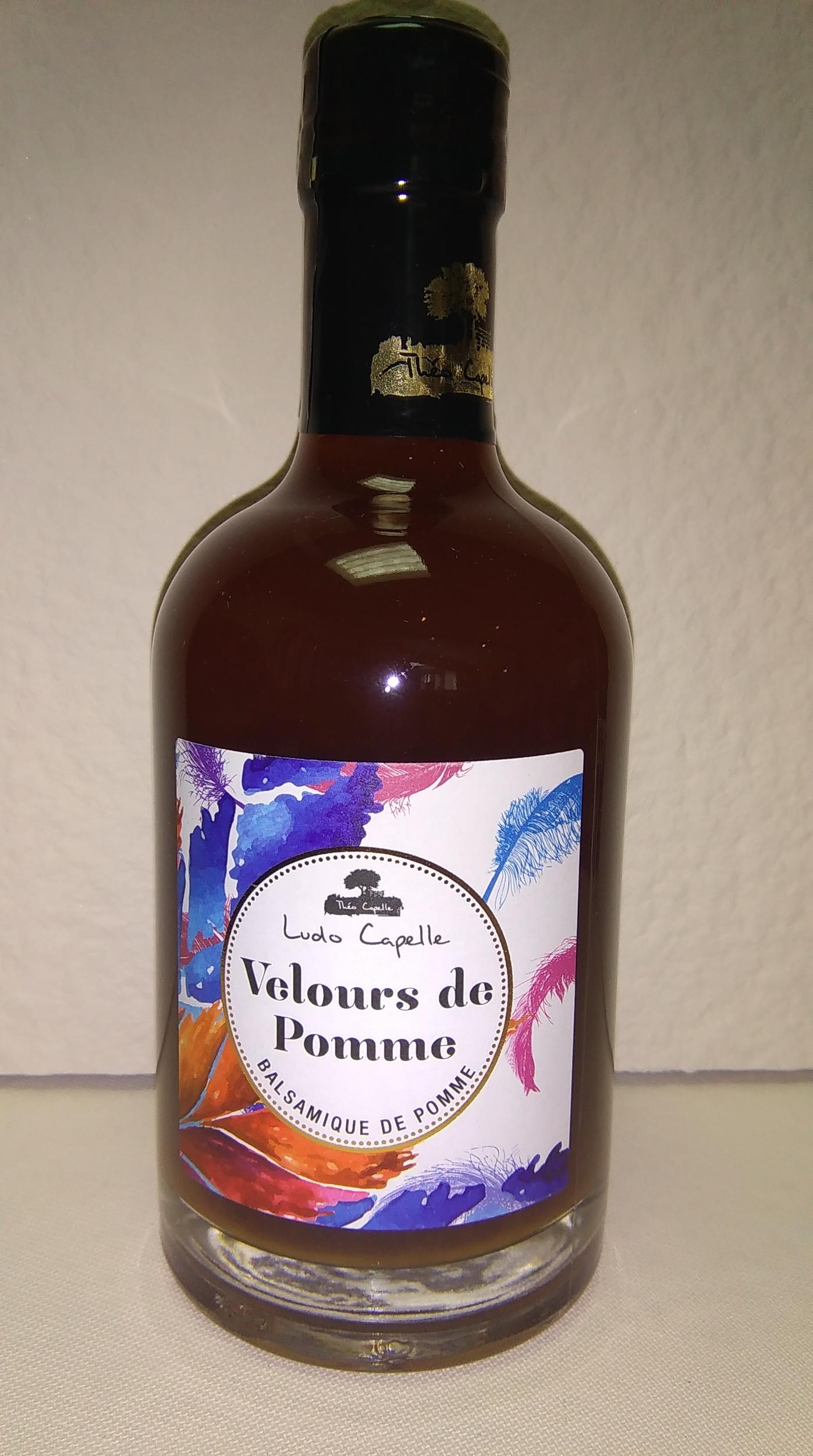 VINAIGRE BALSAMIQUE DE POMME VELOURS DE POMME Théo Capelle