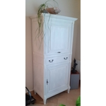 lasure chaulée blanc sur armoire vernie