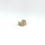 Large bague oreille (earcuff) en plaqué or 3 microns composée de tiges croisées serties de 3 oxydes de zirconium