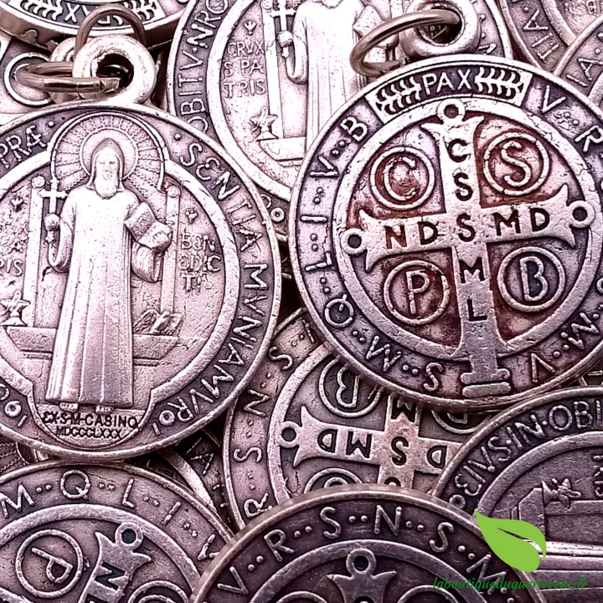 Médaille Saint Benoît argentée