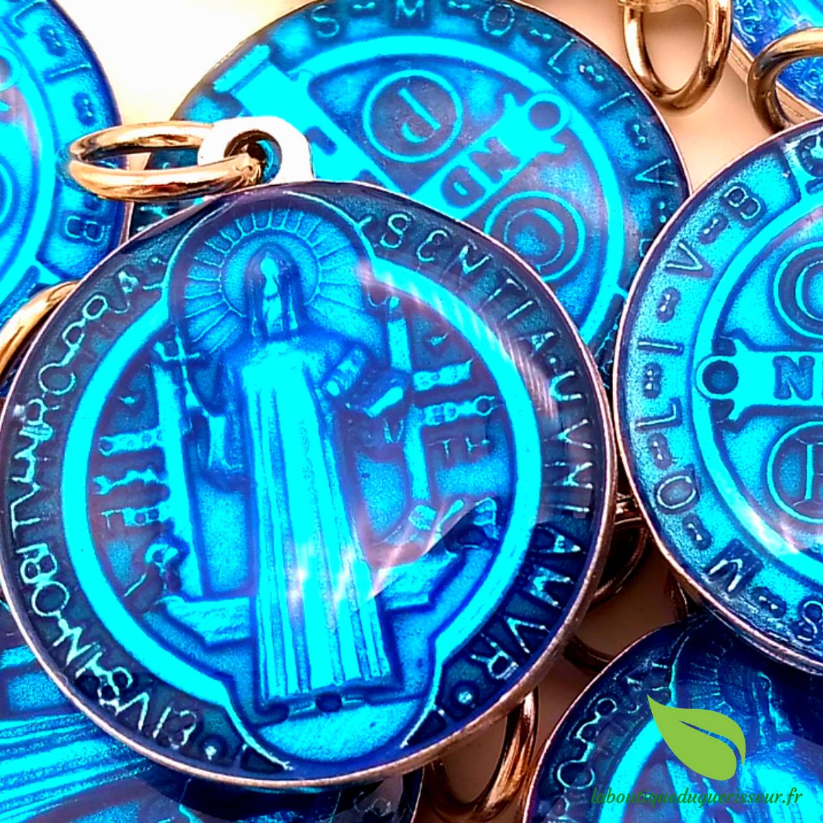 Médaille Saint Benoït Résine Bleue