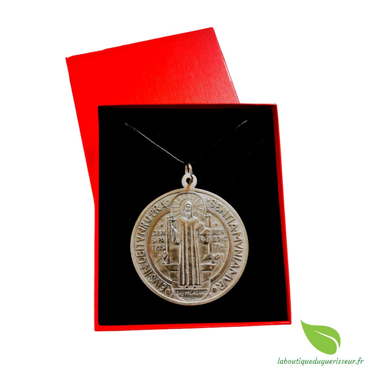 Coffret Collector Médaille Saint-Benoît Argentée