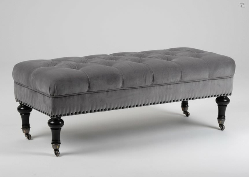 pouf capitonn victor ameublement bout de lit l. Black Bedroom Furniture Sets. Home Design Ideas