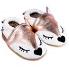 chaussons-renard-rose-main-900