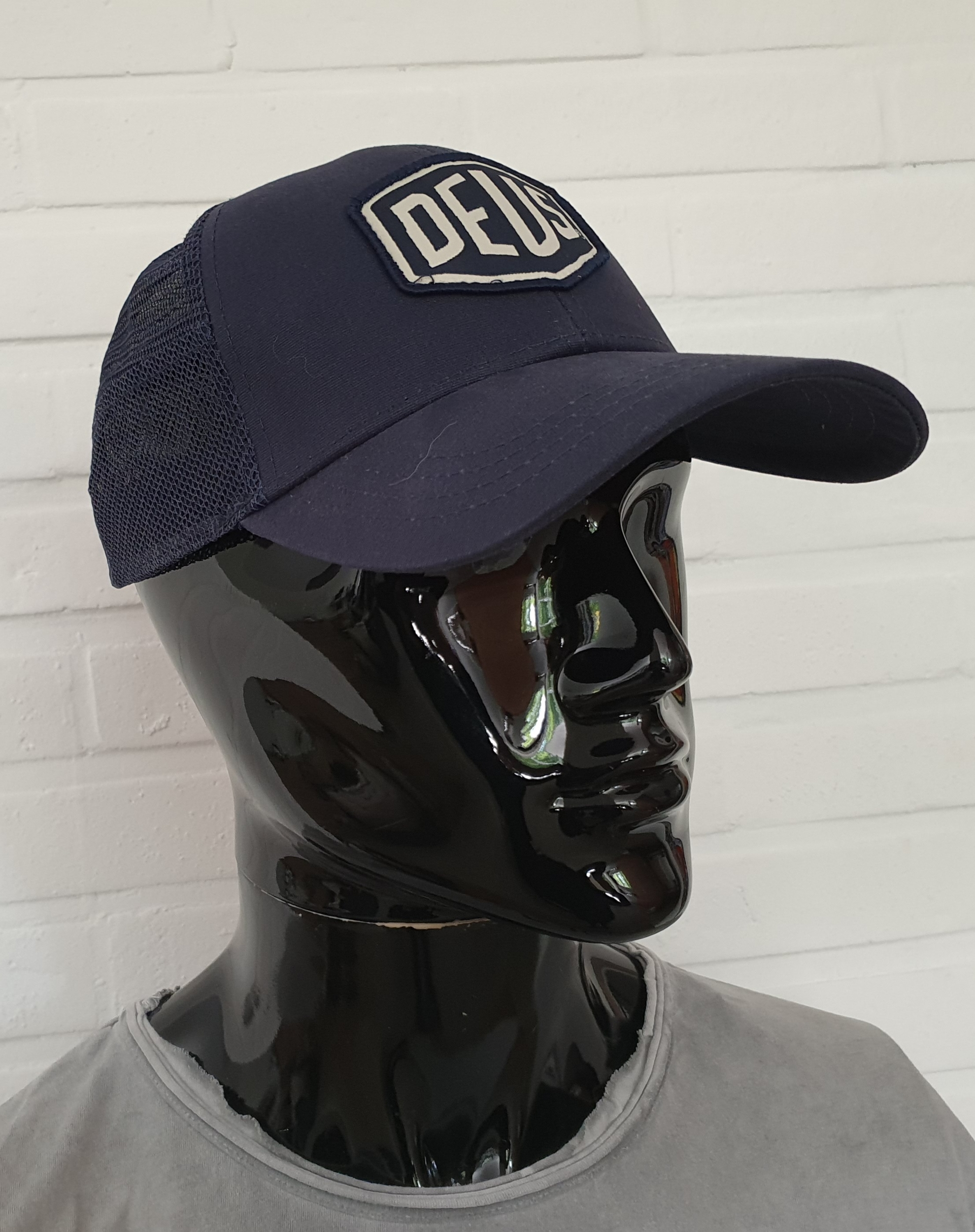 Casquette Deus Ex Machina - Woven Shield Trucker Navy Blue